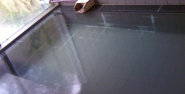「天然温泉「 ツルの湯」「 嵐の湯 」岡山の掛け流しで僅かに濁り湯」のアイキャッチ画像