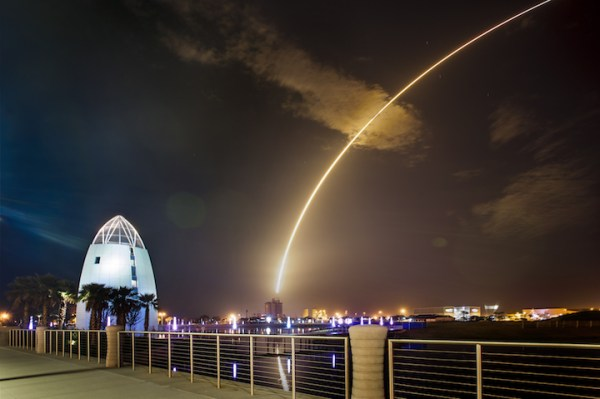 Rocket Launch Viewing Sites: Cocoa Beach - Space Coast ...