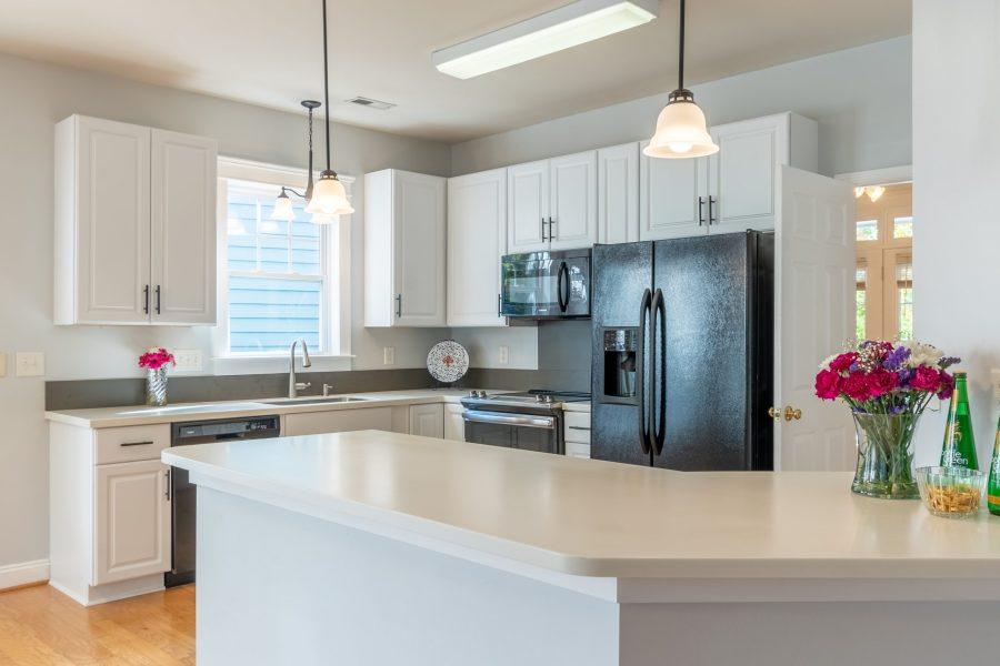 326 center dr kitchen
