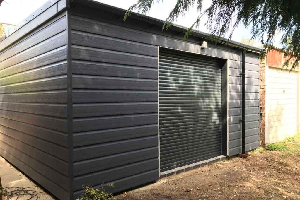 Garden Room rear Garage Door