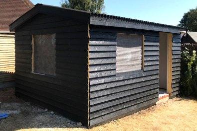 Fishbourne-Chichester-Black-Cladded-Garden-Room