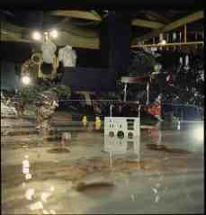 For the 1971 Mondial festival 9999 created a lake in the basement, in order to help bring man closer to nature.