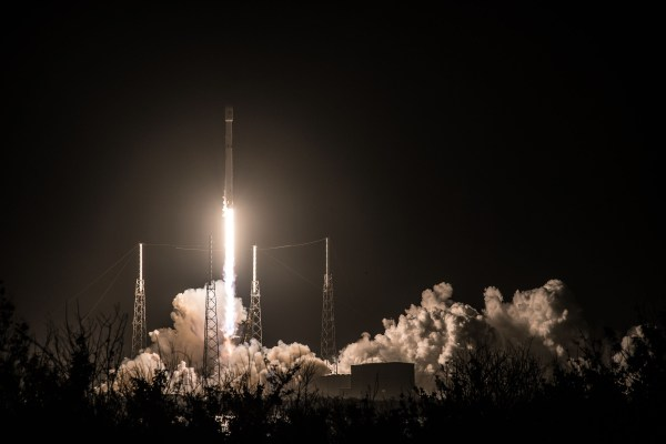 Midnight-Hour Falcon 9 Launch Sends Hispasat 30W-6 to ...