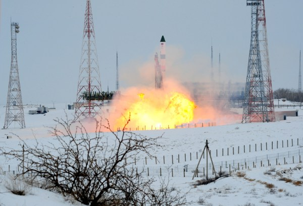 Photos: Soyuz Rockets Skyward in the Dead of Winter with ...