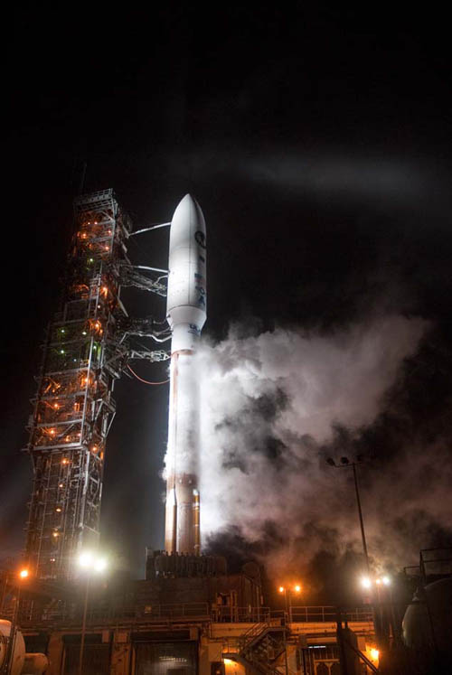 Spaceflight Now Atlas Launch Report Liftoff Of The