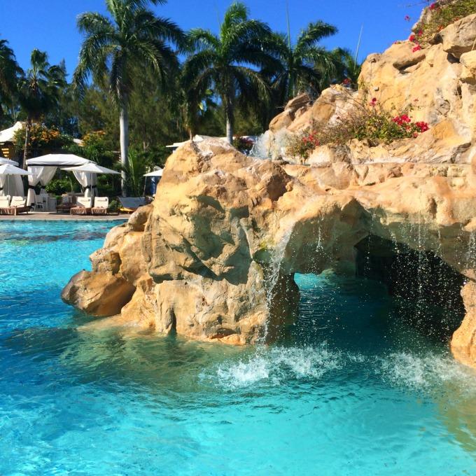 caribbean-pool-beaches-turks