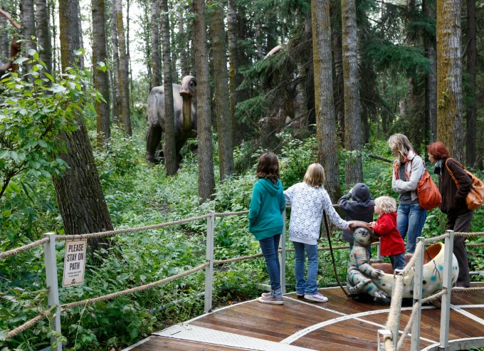 Jurassic Forest is a dinosaur treasure trove that families of all ages will love #AlbertaDinosaurs