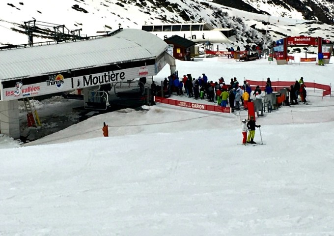 Val Thorens piste guide for families: the Moutiere lift takes you to a vast terrain of intermediate runs