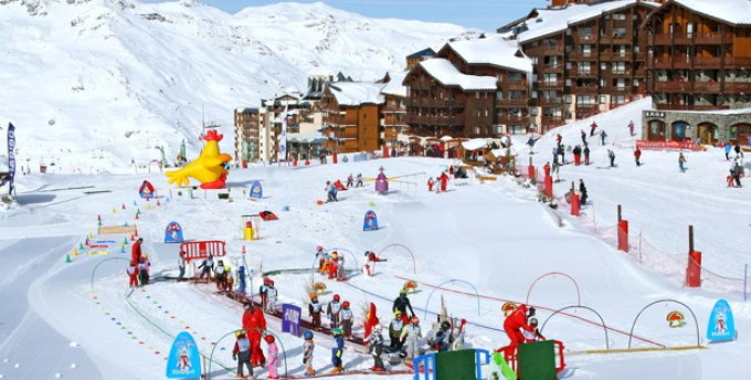 Val Thorens resort guide for families: the ESF ski school has a really fun area for children to begin learning to ski