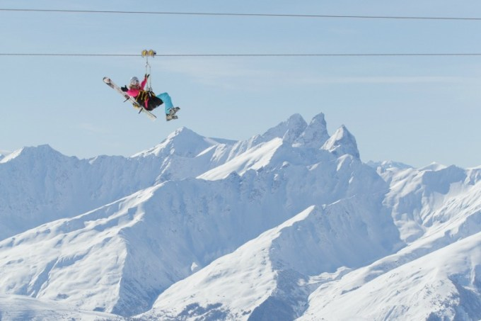 Val Thorens resort guide for families: the Tyrolienne zip wire is best for thrill seekers