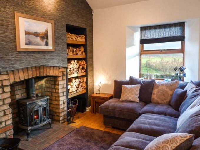 The perfect place to curl up in front of a log fire, on the edge of the Lake District this Autumn. Click through to find out where to buy the perfect sticky toffee pudding for indulging in comfort food by the open fire.