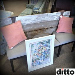 Rustic shutter and old chairs = bench by Dittover!