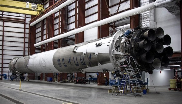SpaceX Reports No Damage to Falcon 9 First Stage After ...