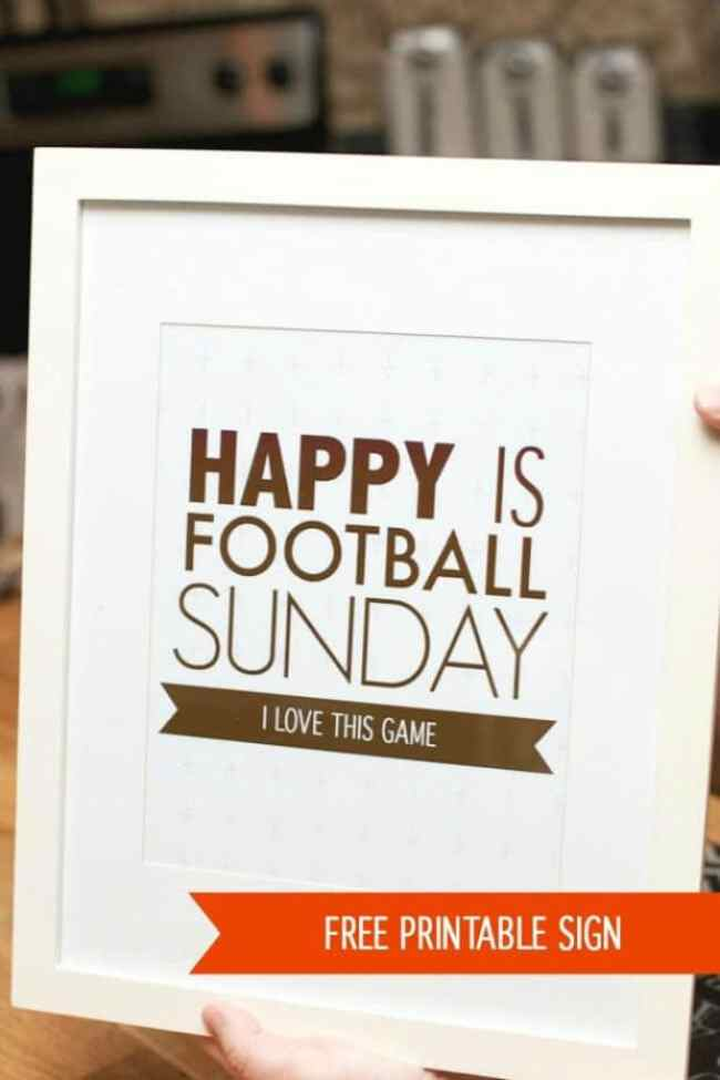 Free printable sign for football Sunday.