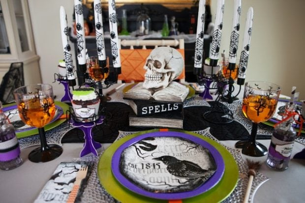 Witch Themed Halloween Party Dining Table Ideas