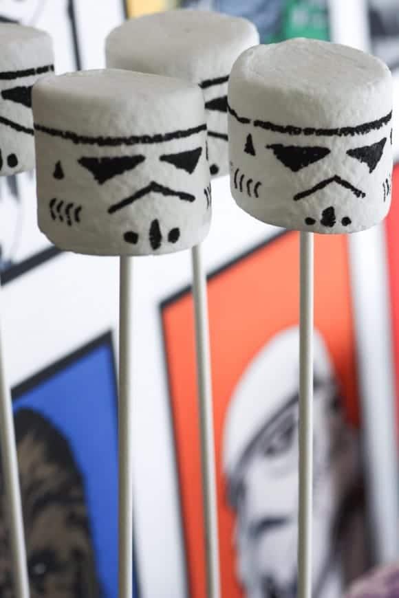 Stormtrooper Marshmallow pops