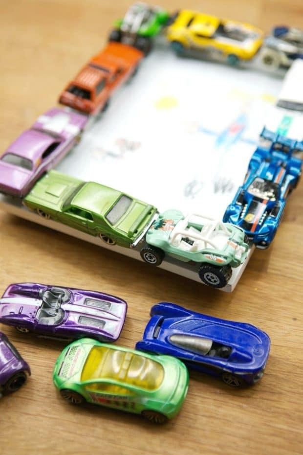 Place Cards Around DIY Frame