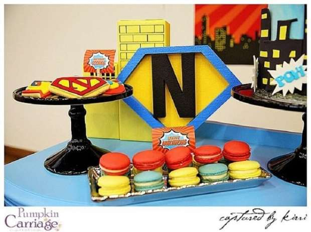 Superhero birthday party food macaroon ideas