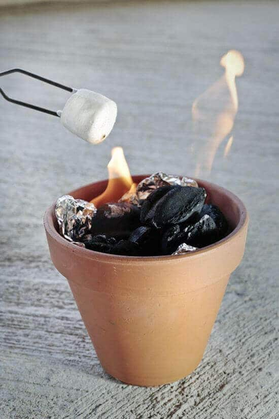 Tabletop S'mores Cookers using terra cotta pots