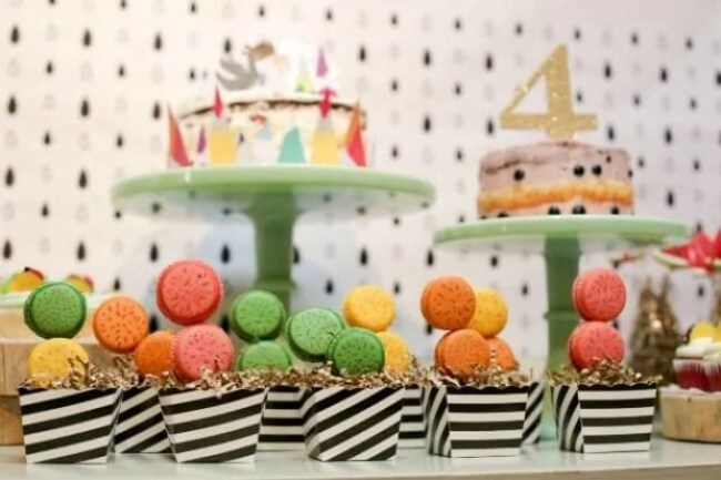 Dragons Love Tacos Birthday party macaroons