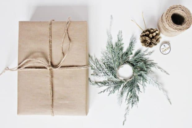 DIY Wreath Wrapping