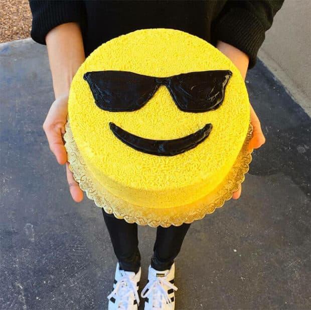 round emoji cake