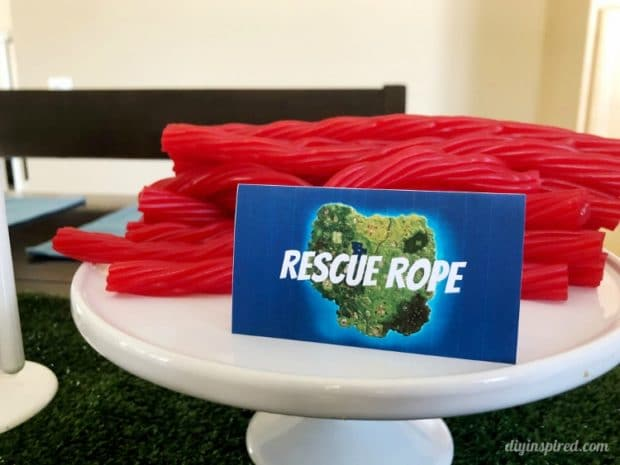 Fortnite Party Food Rescue Rope Licorice