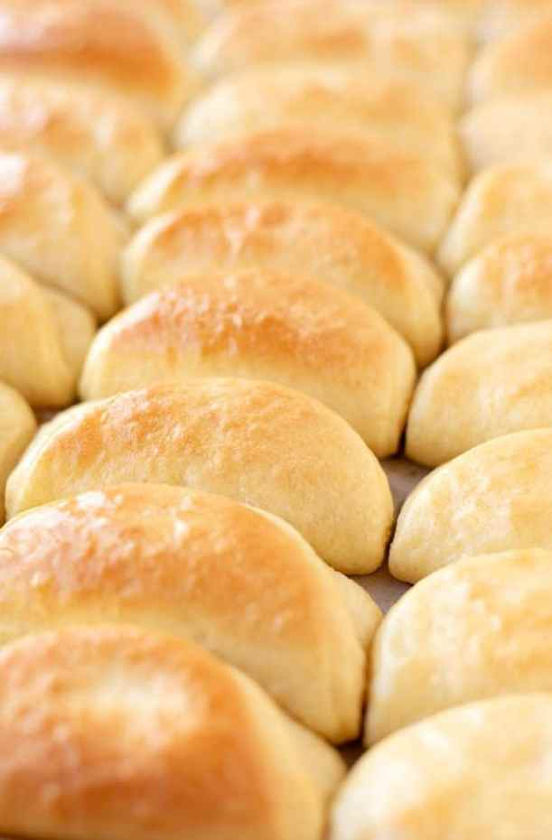 baked dinner rolls on a baking sheet