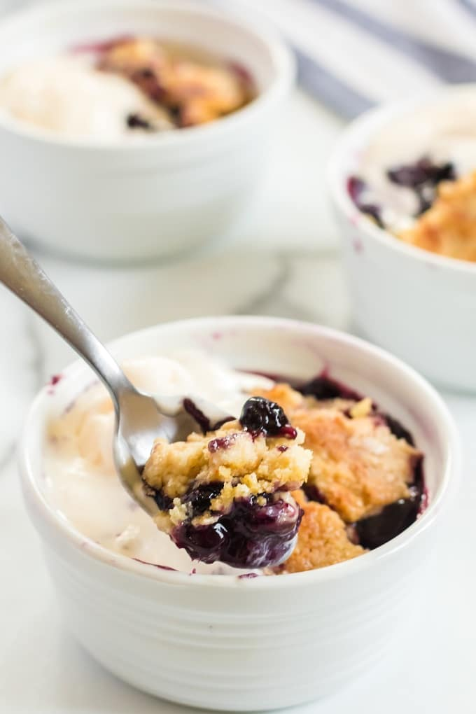 Easy Blueberry Dump Cake