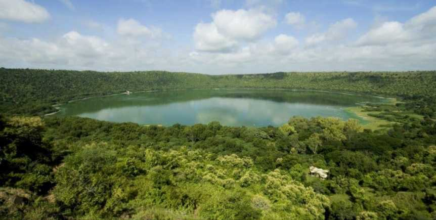 Impact Craters to Visit: Lonar Lake