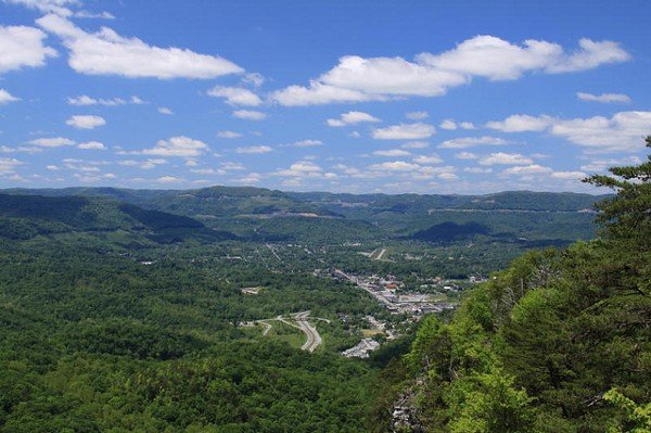 Impact Craters to Visit: Middlesboro, Kentucky