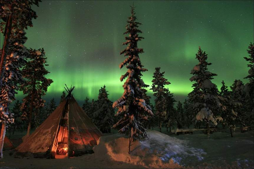 Tours to see the Northern Lights in Sweden - Photo by imagea.org via Flickr