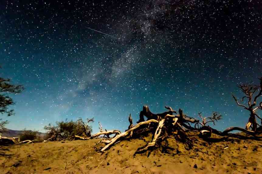 Stargazing near Las Vegas - Daxis via Flickr