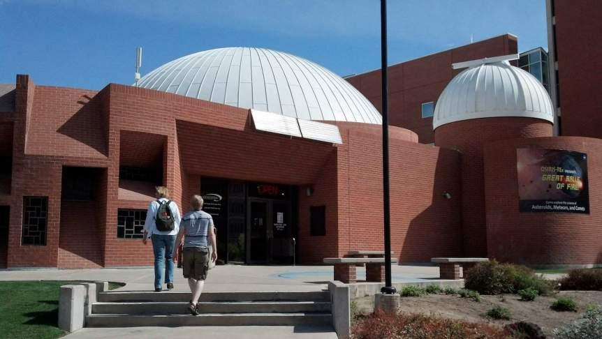 Stargazing in Tucson - Flandrau Science Center - jimmy thomas via Flickr