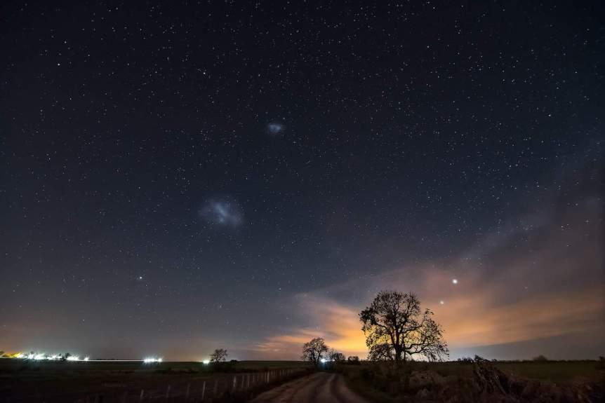 Magellanic Clouds - Emilio Küffer via Flickr