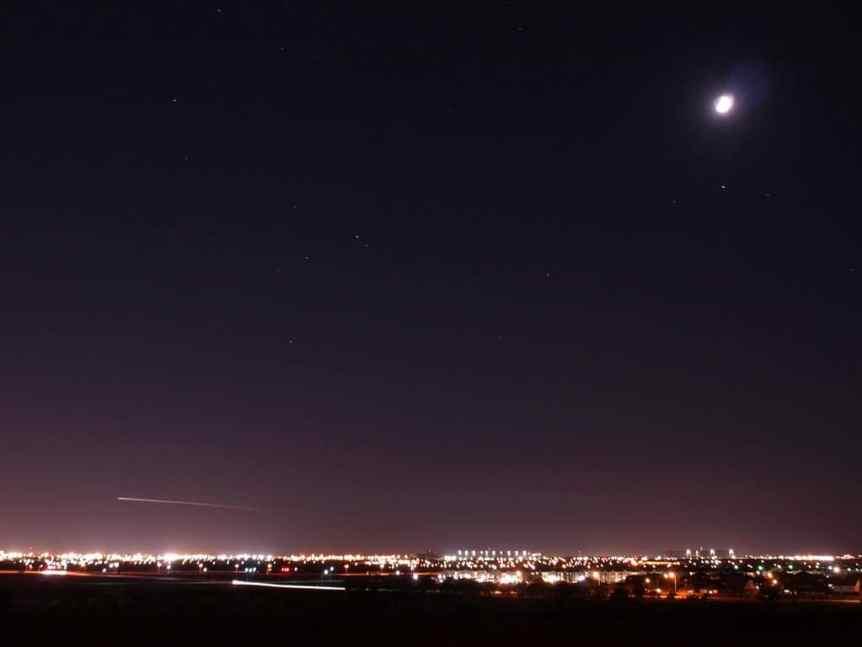 Stargazing in Dallas - Kurt Haubrich via Flickr