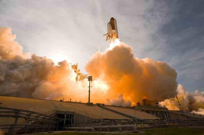 Space Shuttle Endeavour - Robert Sullivan via Flickr