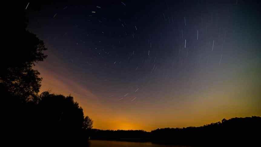 Stargazing Near Philadelphia - Ryan Hallock via Flickr