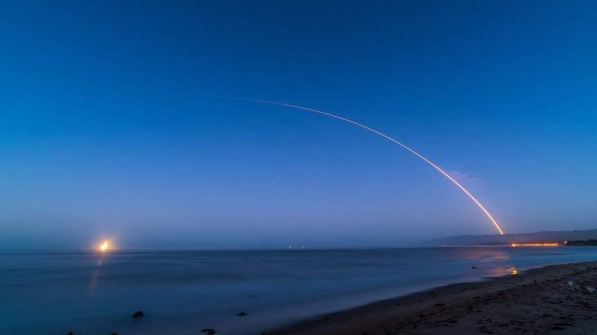 Vandenberg Launch Viewing - Glenn Beltz via Flickr
