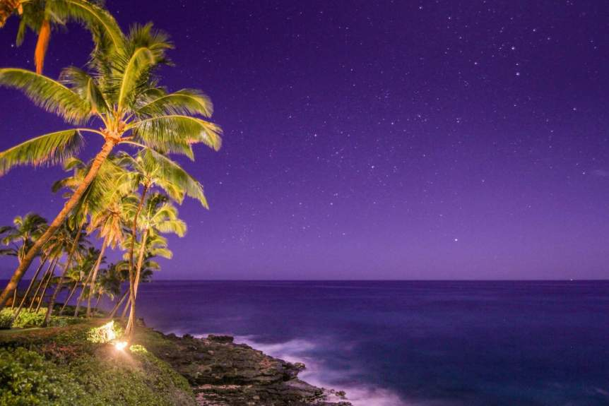 Stargazing in Kauai - j.a.woodhouse via Flickr