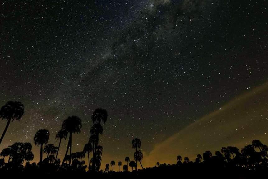 Night Sky Shot on a Canon EOS 5D Mark IV - Rodrigo Paredes via Flickr