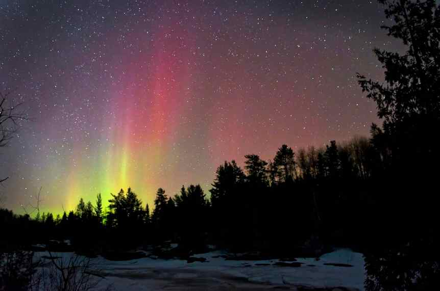 Northern Lights in Canada - Ontario - DeaShoot via Flickr