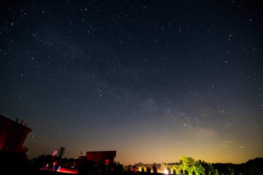 Stargazing in Ohio - Erik Drost via Flickr