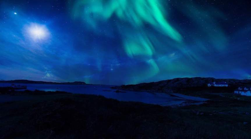 Northern Lights in Scotland - Pixabay