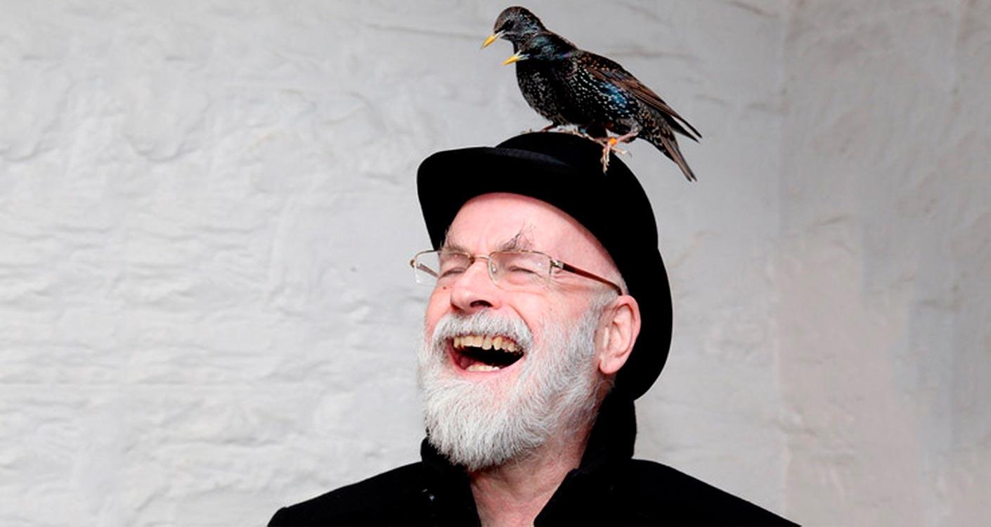 """Featured image for """"19 životných lekcií, ktoré mi dal Terry Pratchett a jeho knihy"""""""