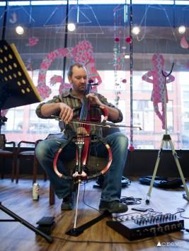 1120-creative-house-electric-cello-player