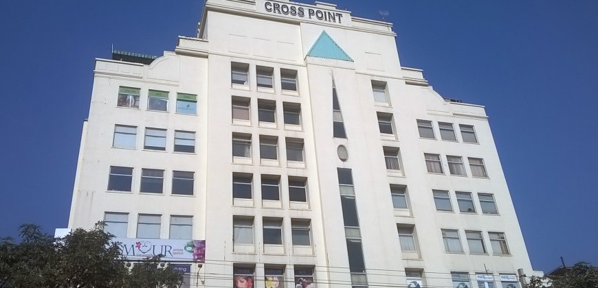 DLF Cross Point Shop For Sale