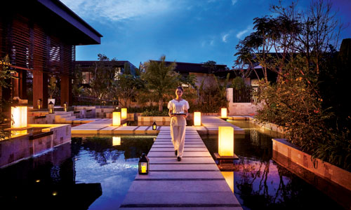 A Luxury Experience at Contemporary Fishing Village
