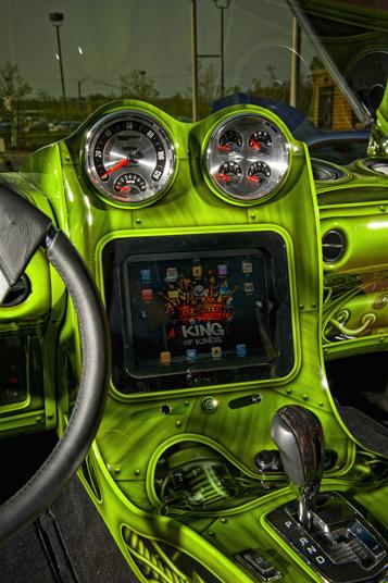new_hulk-caprice-at-rave-(5)