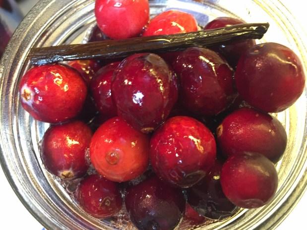 November – Cranberry Aigre-doux